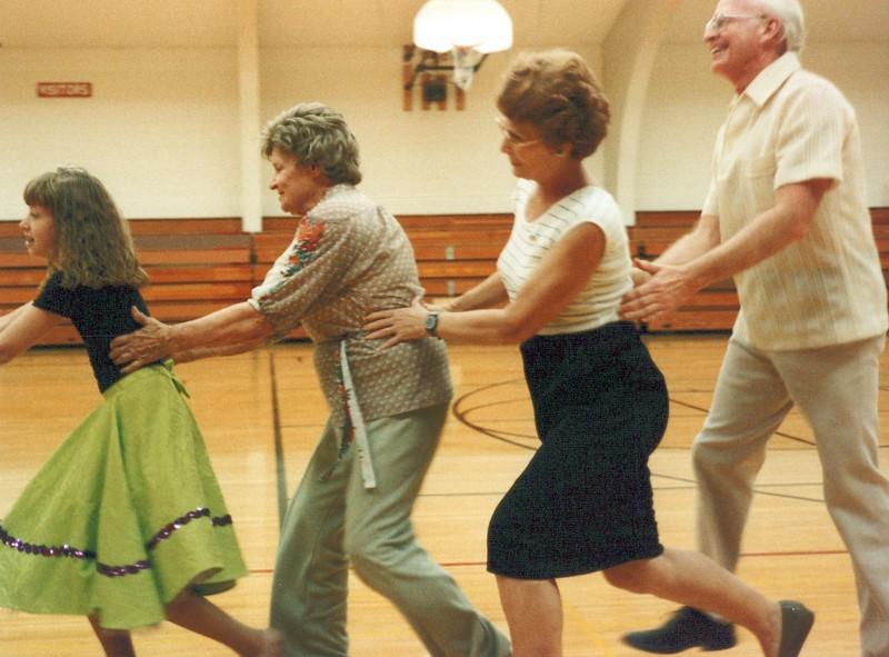 Dance_1832_a.jpg