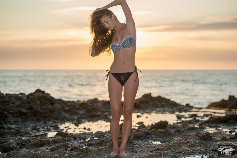 Nikon D800 E D800E Photos of Swimsuit Bikini Model @ Sunset!