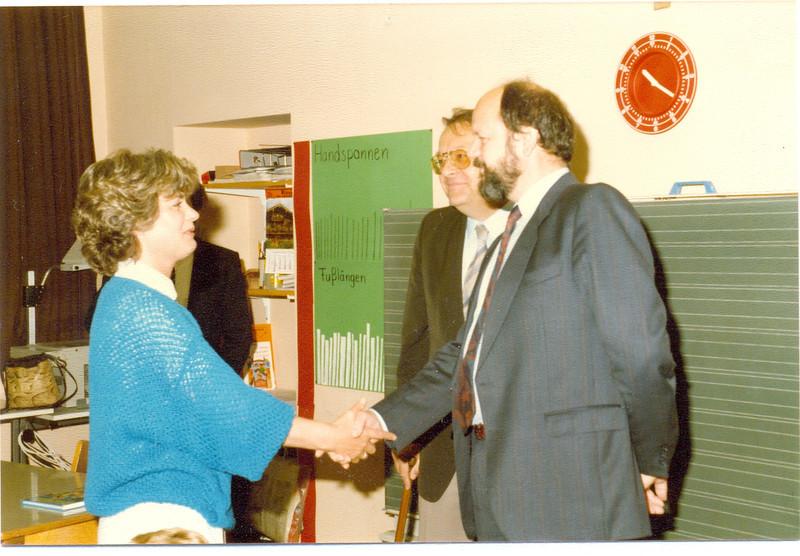1986 Preisverleihung durch Kultusminister Breitenbach (17).jpg