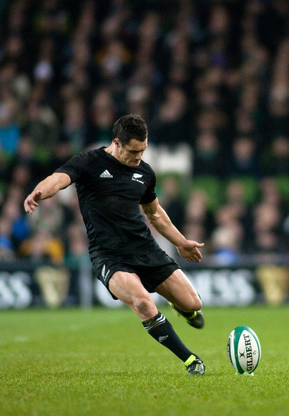 Dan Carter kicking for goal for the New Zealand All Blacks in a rugby test match 2