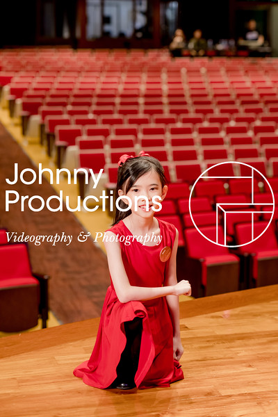 0067_day 1_SC junior A+B portraits_red show 2019_johnnyproductions.jpg
