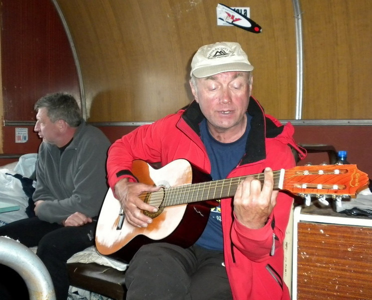 Oleg - another night, another master on guitar. His specialty - Beatles songs.
