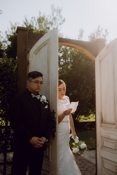 Kaitlin_and_Linden_Wedding_Pre_Ceremony-50.jpg