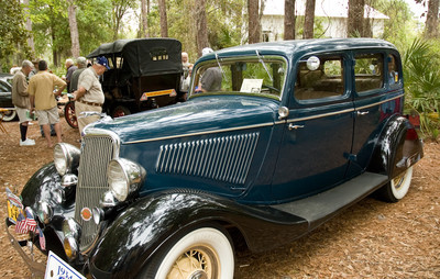 Antique & Custom Car Show
