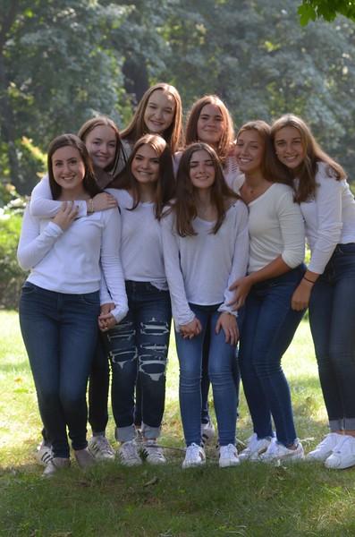 Julia Friend Group Pics - 130 of 308.jpg
