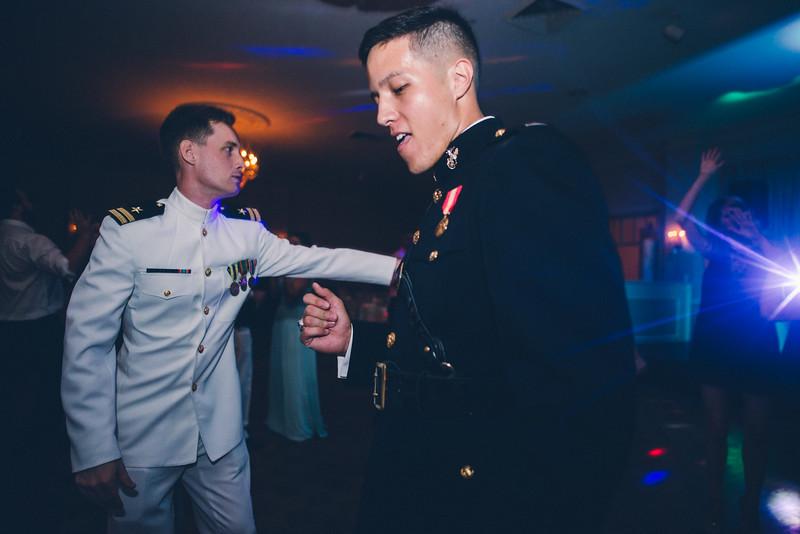 Philadelphia Wedding Photographer - Bernreuther-805.jpg