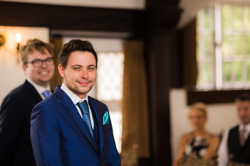 Mayor_wedding_ben_savell_photography_bishops_stortford_registry_office-0042.jpg