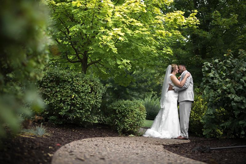 Laura & AJ Wedding (0297).jpg