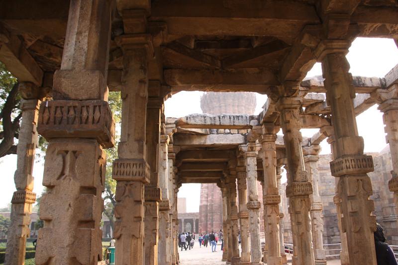 walk to Qutb Minar