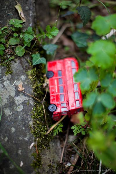 Woodget-130810-030--Bus, Crash, old - worn, red.jpg