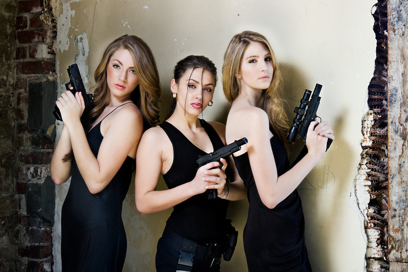 Girls/Guys with Guns Shoot