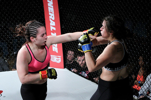 Samantha Diaz vs Aimee Masters
