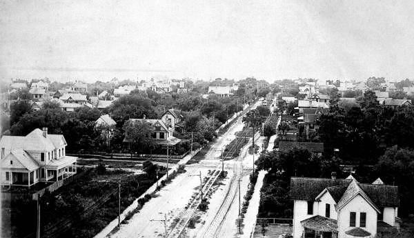 Hyde Park - 1890s.jpg