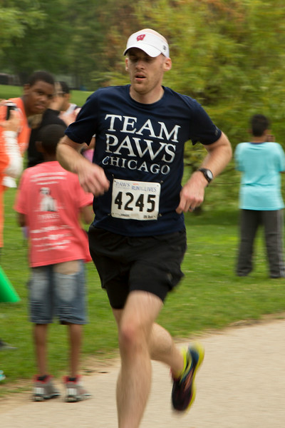 Team PAWS Runner 4245 portrait (20140621-RfTL-359).jpg
