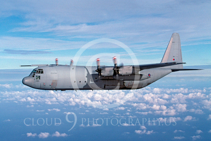 C-130Forg 00040 Lockheed C-130 Hercules British RAF November 2001 via African Aviation Slide Service.JPG