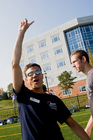 UNH, Move In Day