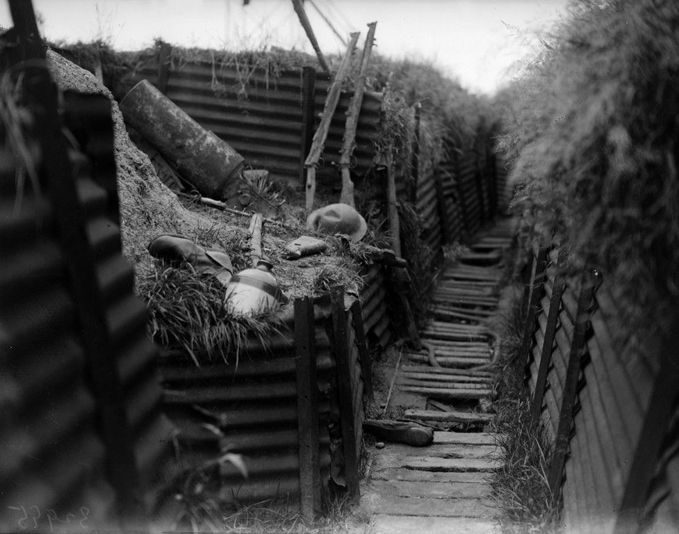. 7th August 1930:  A deserted trench in Ypres, Belgium, site of three World War I battles.  (Photo by Fox Photos/Getty Images)