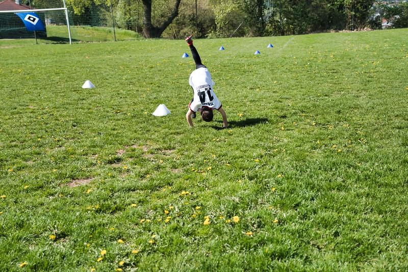 hsv-fussballschule---wochendendcamp-hannm-am-22-und-23042019-y-17_33853876898_o.jpg