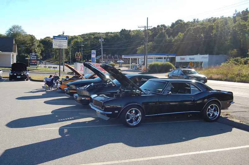 CT Mustang Cruise-in 091512 001.JPG