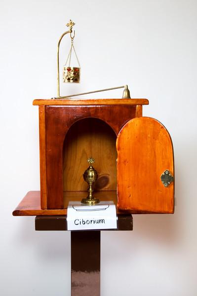Tabernacle Ciborium DSC_3875.jpg