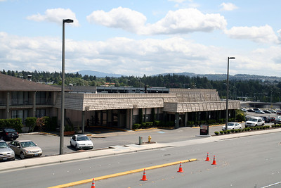 Construction of the NE 10th Overpass in Bellevue