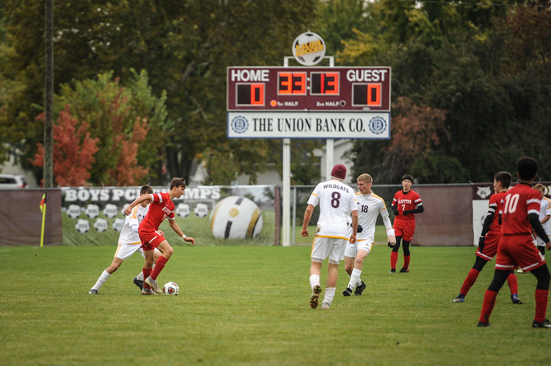 10-27-18 Bluffton HS Boys Soccer vs Kalida - Districts Final-140.jpg