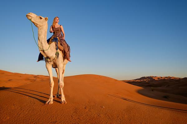 Jennifer Larsen: Sahara Photo Shoot