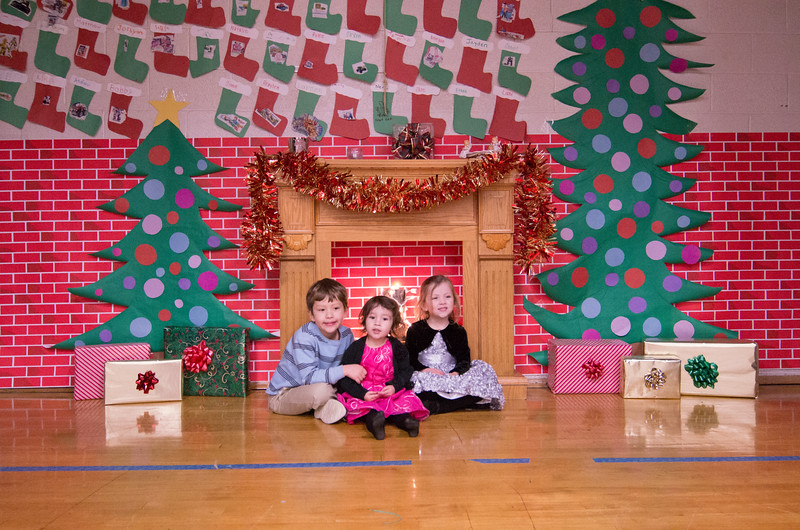 12.17.2014 - Riverview Co-Op Preschool Christmas Program - _CAI6114.jpg