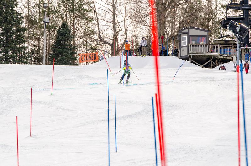 Standard-Races_2-7-15_Snow-Trails-272.jpg