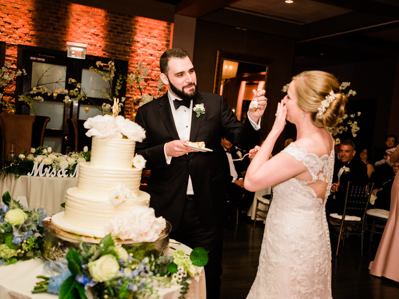 12 Toasts, Cake and Reception-077.jpg