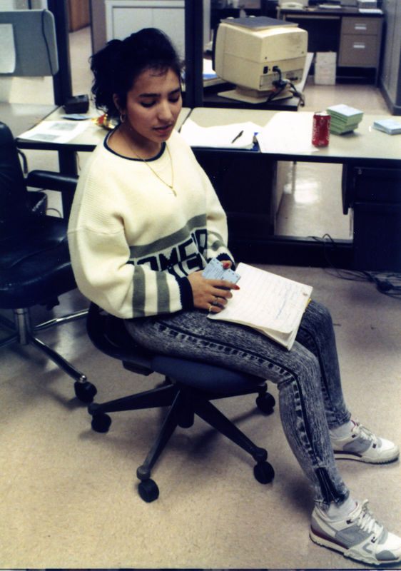 1987 12 15 - Seaman's Furniture 031.jpg