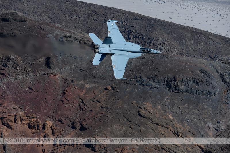 F20181107a104709_2812-VFA-113-Strike Fighter Squadron 113-Stingers-F-18F Super Hornet-300.jpg
