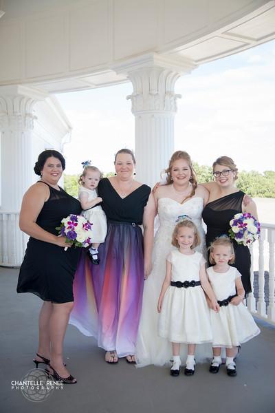 CRPhoto-White-Wedding-Social-233.jpg