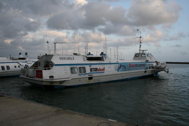 Hydrofoil GABRI mooring in Formia.