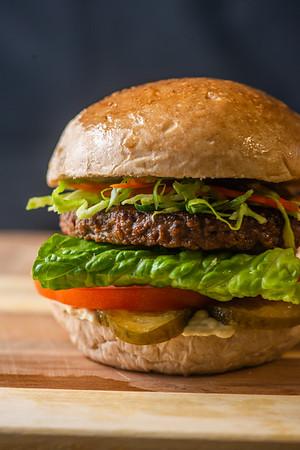 Nood Burger 7824