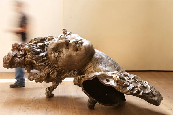Cabeza de Mujer Chicogrande-2010-bronze-51 x 112 x 43 inches.jpg