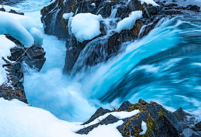 Waterfalls_Iceland-6.jpg