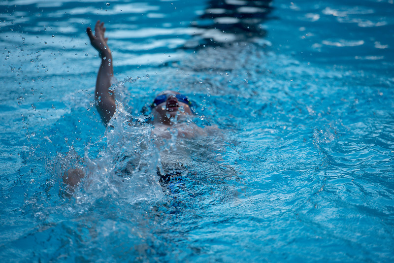 lcs_swimming_kevkramerphoto-560.jpg