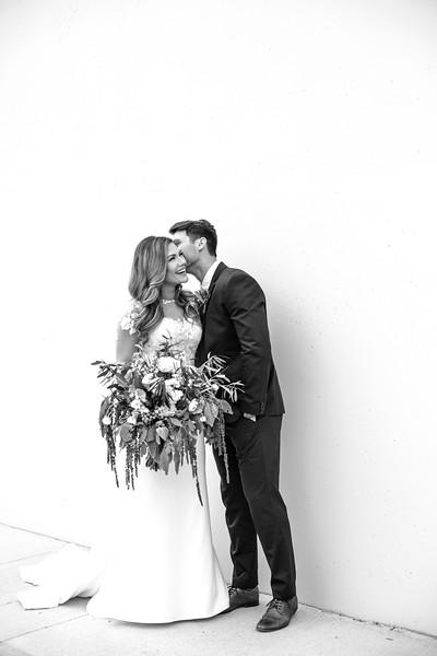 Kate&Josh_B&W_ZACH.WATHEN.PHOTOGRAPHER-228.jpg