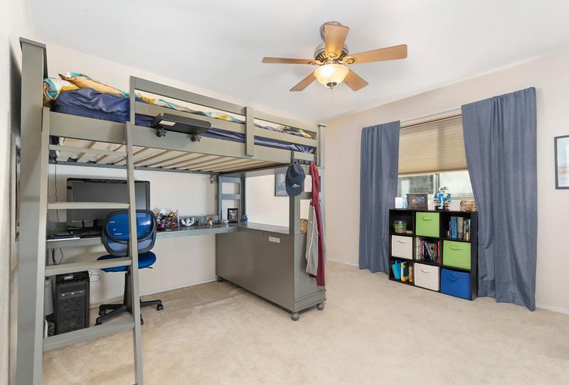4505 Lobos 18 Guest Room.jpg