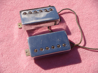 Gibson T-Top chrome covered Tar back pickups