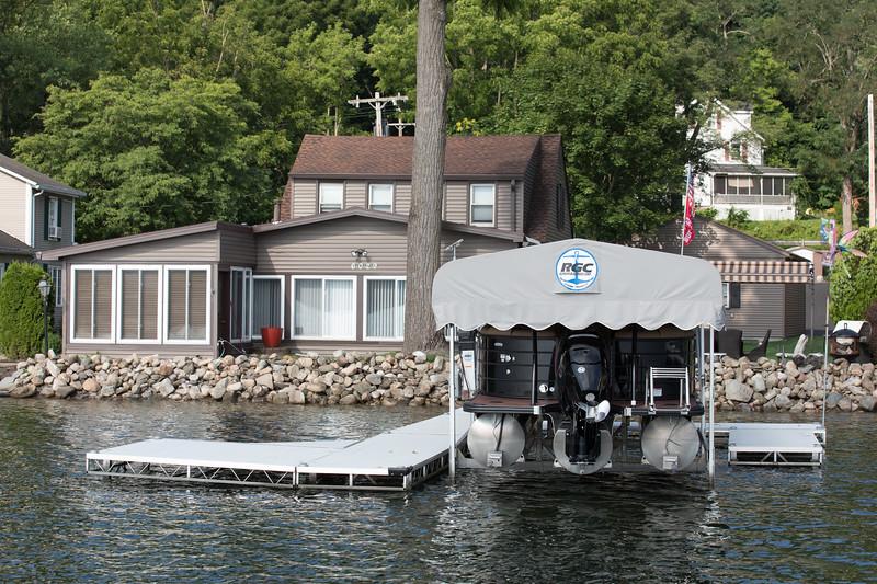 Boat1041.jpg