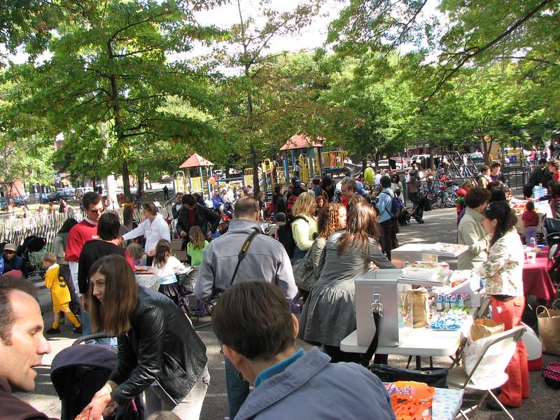 07.10.13 Harvest Festival3 082.jpg
