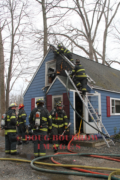 North Reading, MA - Working Fire, 3 Hanson Road, 3-23-14