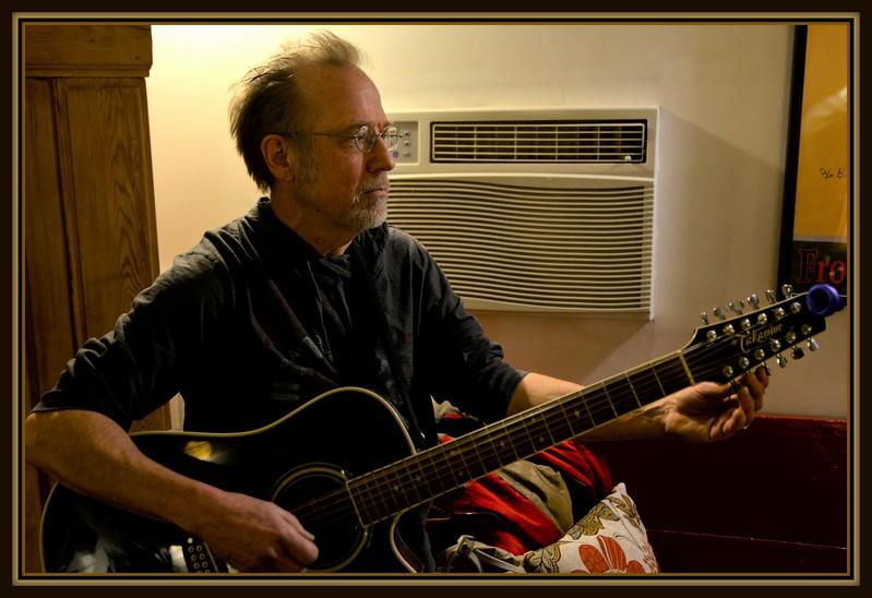2017-12-29 Berry Coffee House V(8) John Berry Guitar.JPG