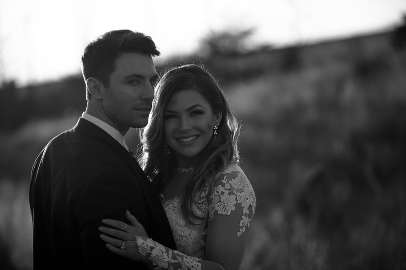 Kate&Josh_B&W_ZACH.WATHEN.PHOTOGRAPHER-428.jpg
