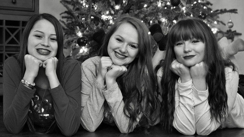 2017_December_Cox_Family_Christmas_046-Edit_14_PROCESSED.jpg