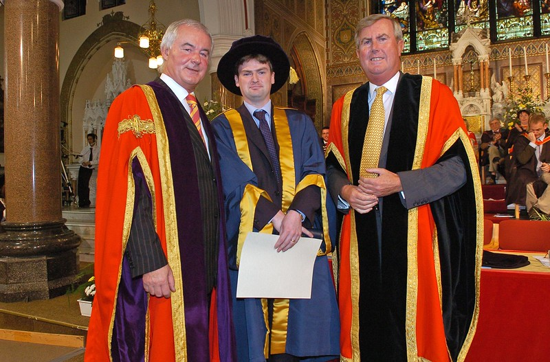 PV 261006 Professor Kieran Byrne (Director of WIT), Dr. Paul O'Kelly from Wicklow and Chairman of WIT Redmond O'Donoghue (centre) at the WIT conferring ceremony on Thursday. PIC Bernie Keating/Provision