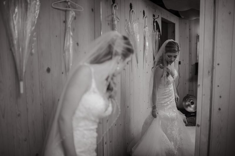 Seattle Wedding Photographer-666.jpg