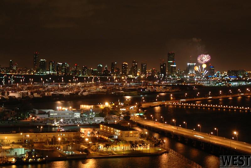 Fireworks over Miami 12-31-04